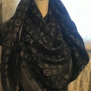 Louis Vuitton black lurex scarf